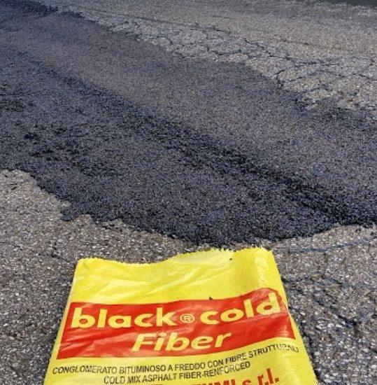 asfalto a freddo con fibre